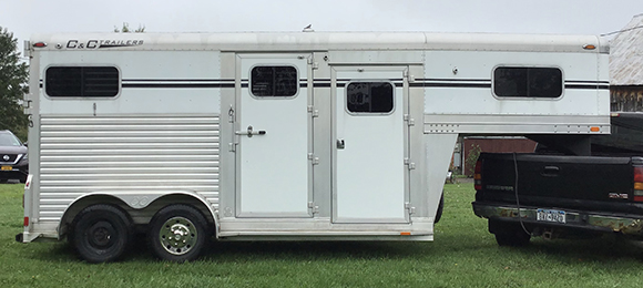 C andCC Gooseneck 2008 Horse Trailer for Sale-$12000